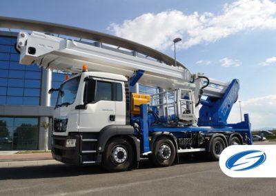 camion con piattaforma sollevabile telescopica jib ForSte 54TJJ sinistra Socage