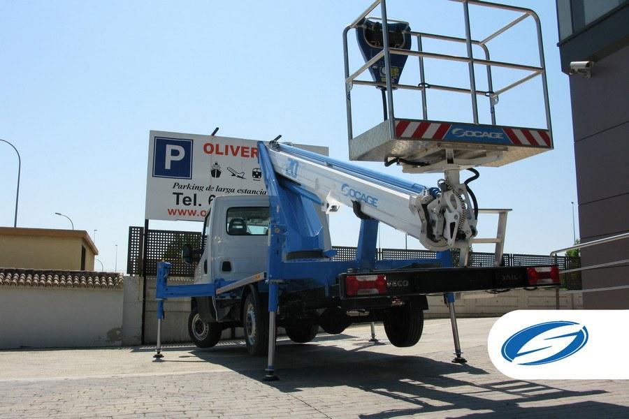 piattaforma su camion ForSte20T cestello Socage