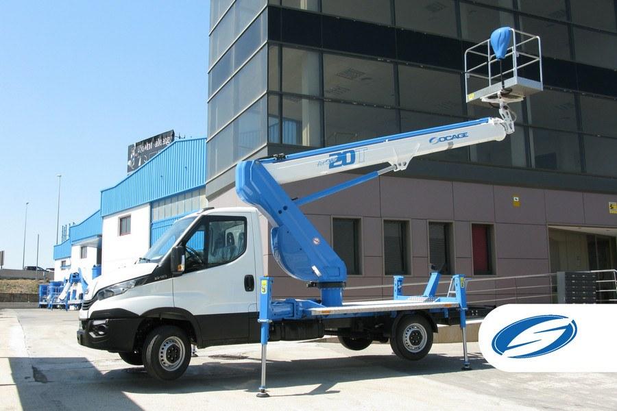 piattaforma su camion ForSte20T braccio Socage